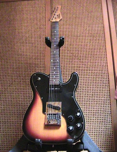 Schecter PT FastBack 3 Tone Sunburst (Modified- Evertune Bridge, Seymour Duncan mini humbucker and P90 Pikups)