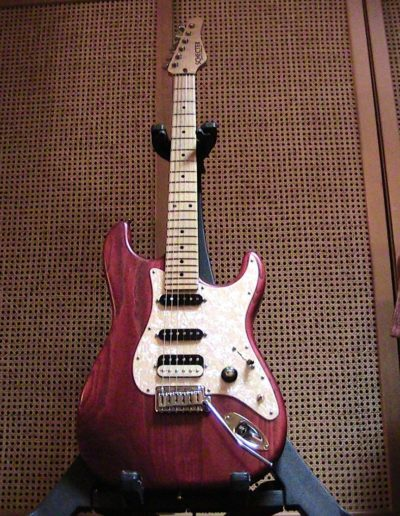 Schecter USA Custom Shop traditional SSS (modified- Suhr single coils and Seymour Duncan humbucker pickups)
